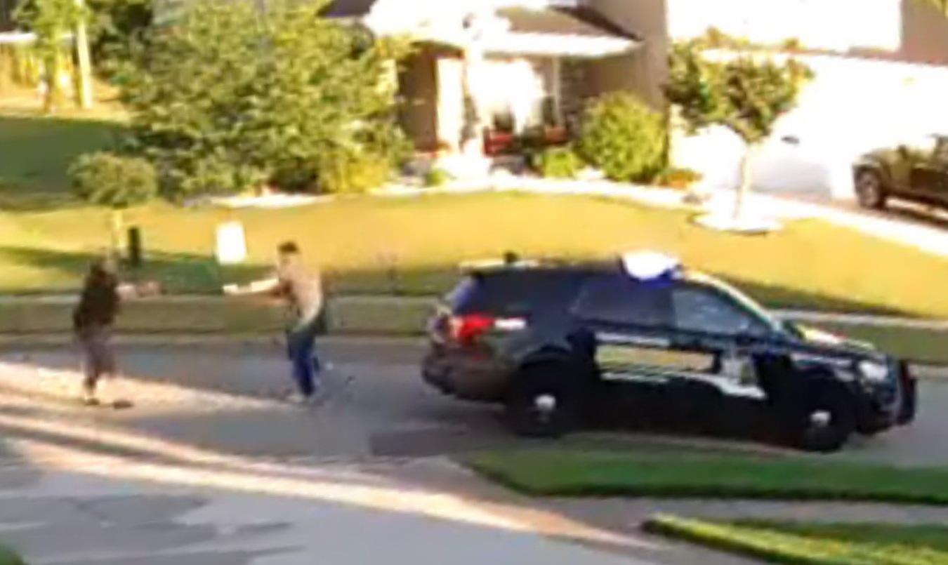 Késsel támadt a sheriff-helyettesre a férfi