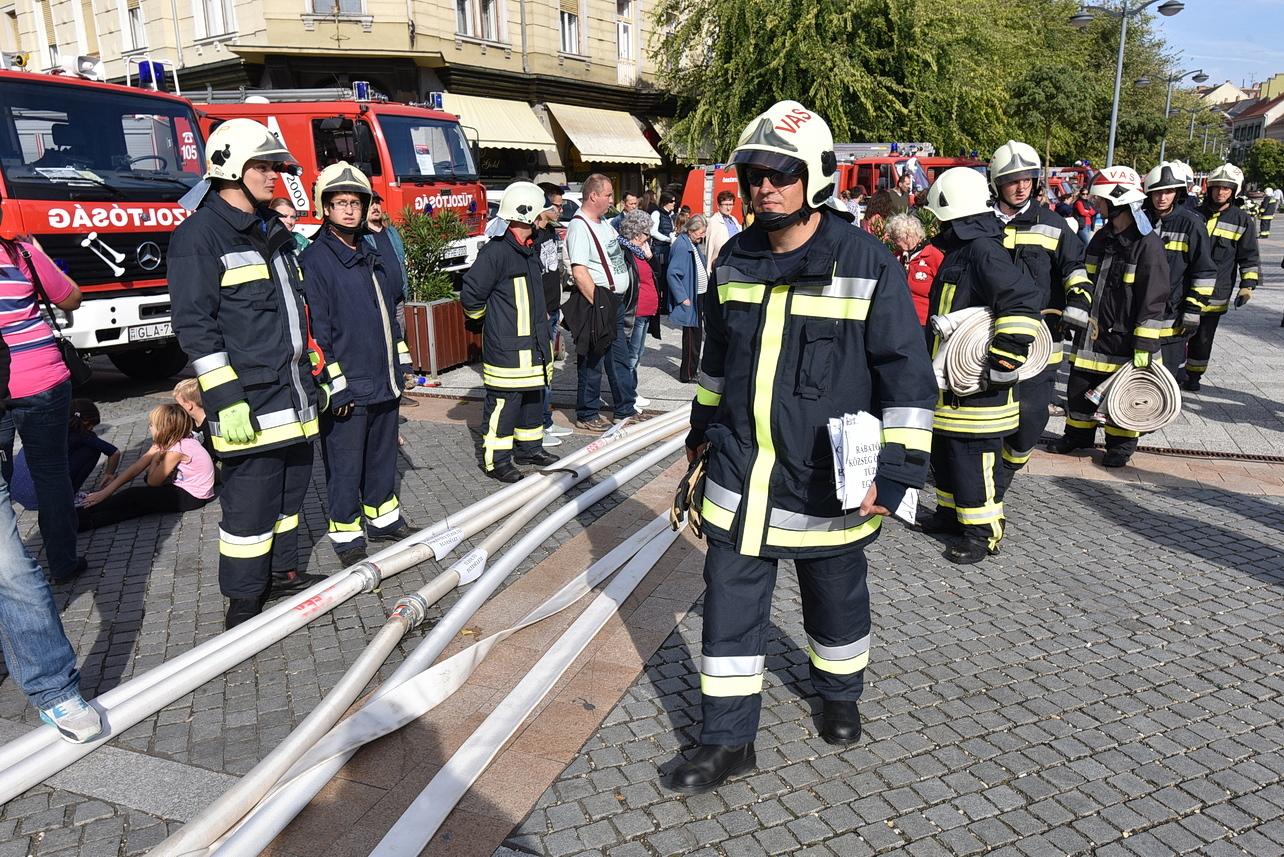 Közösség-összekovácsoló ereje is van a Bucsui Önkéntes Tűzoltó Egyesületnek – fotók   VAOL